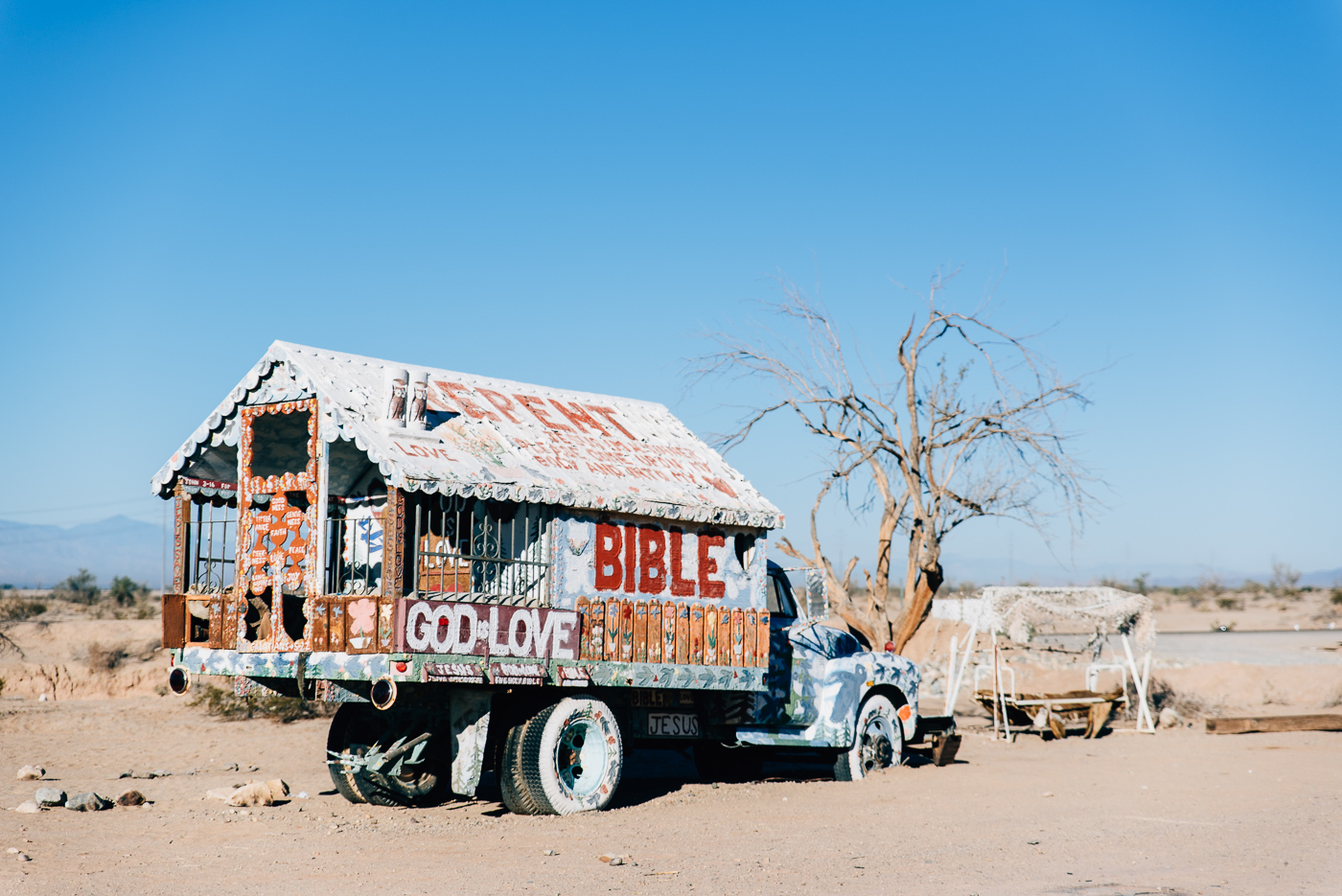 salvation mountain california arizona slab city salton sea vsco nikon america yall pawlowski americayall truck