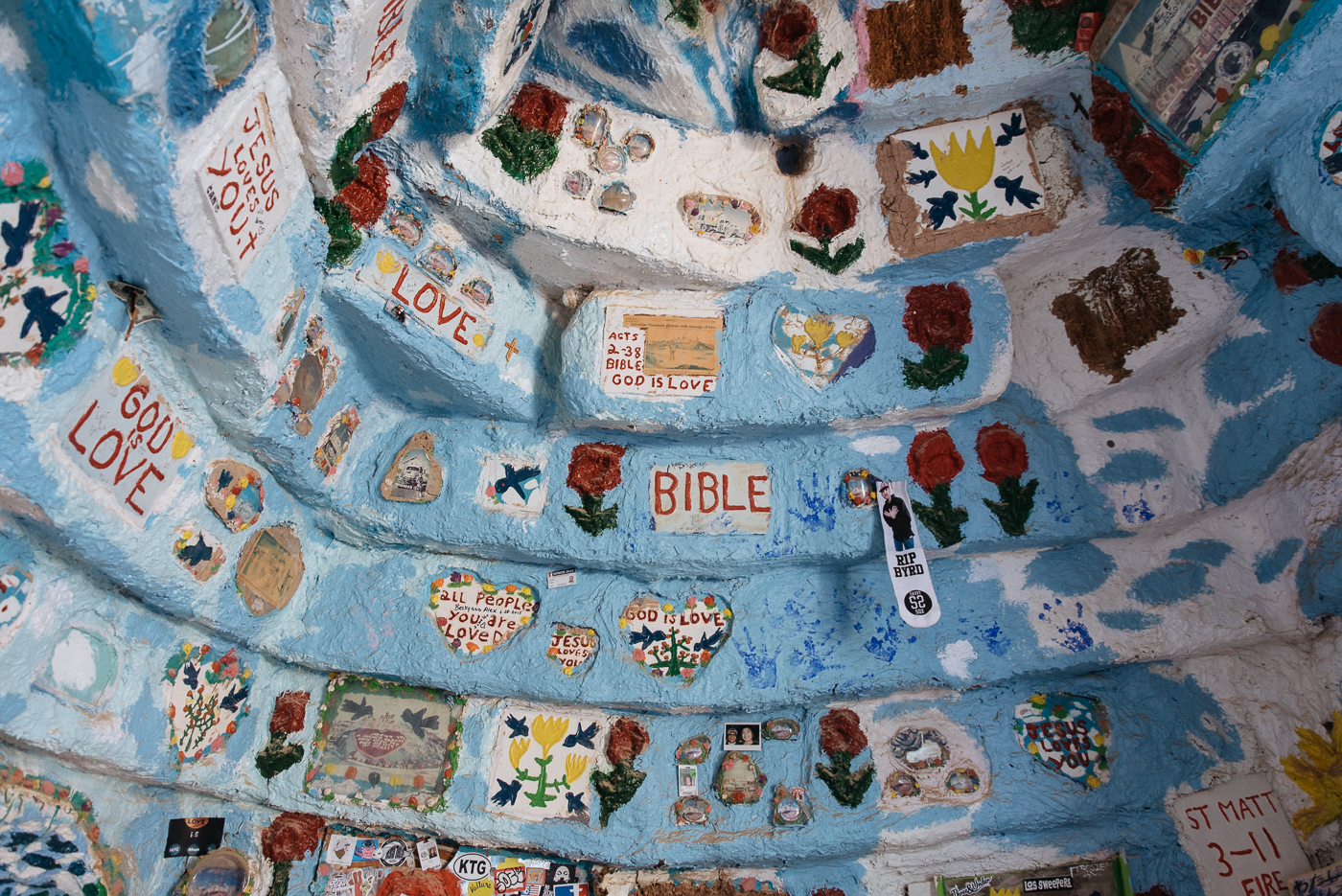 salvation mountain california arizona slab city salton sea vsco nikon america yall pawlowski americayall painting