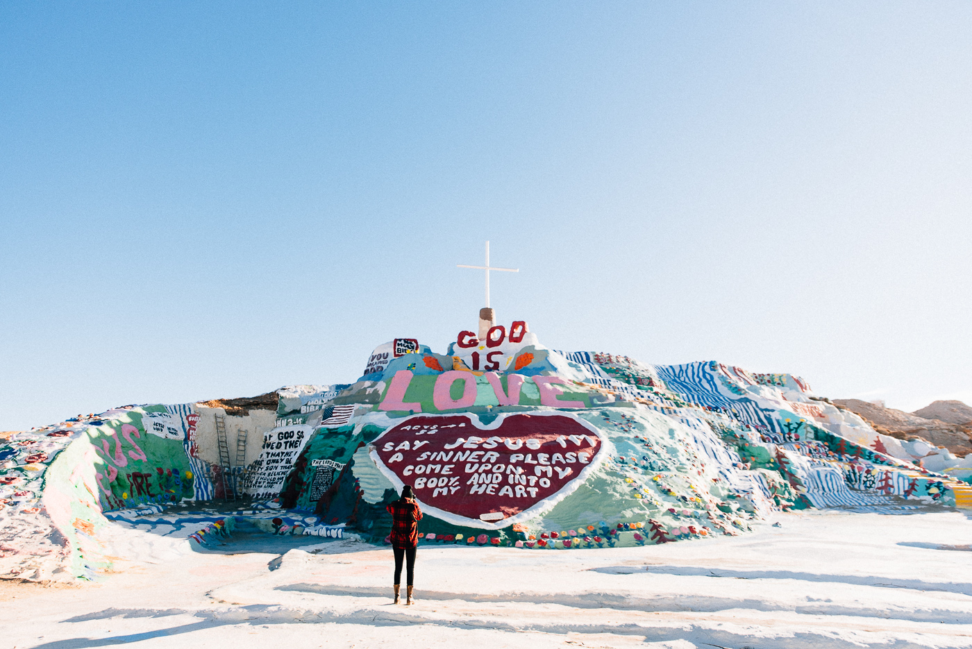 salvation mountain california arizona slab city salton sea vsco nikon america yall pawlowski americayall wide