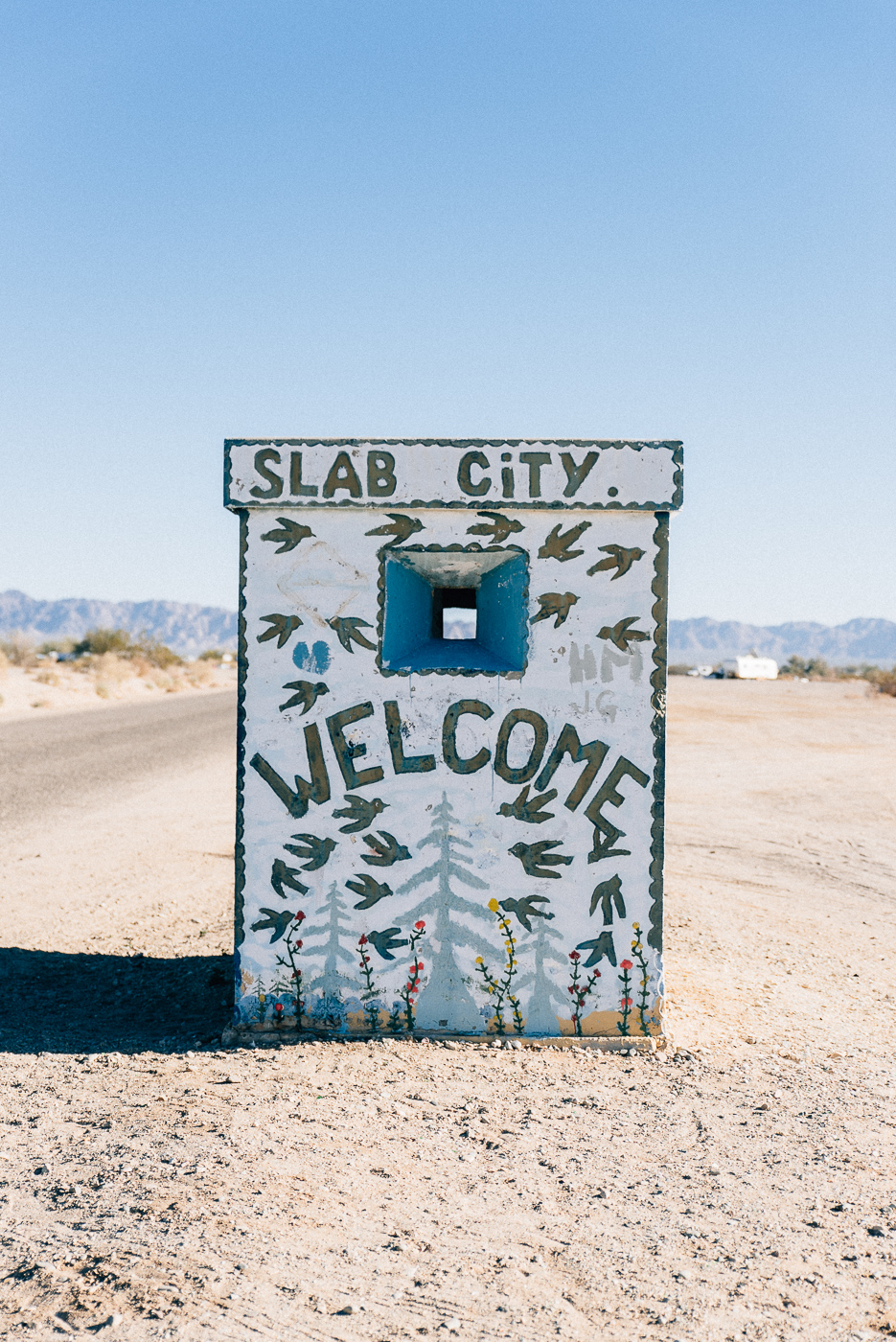 salvation mountain california arizona slab city salton sea vsco nikon america yall pawlowski americayall entrance