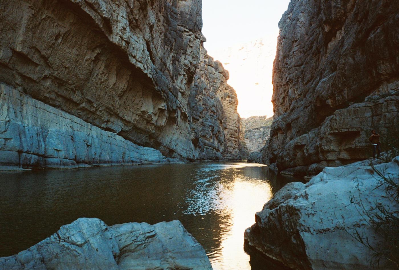 film 35mm lomo olympus hike camp big bend texas america yall pawlowski santa elena