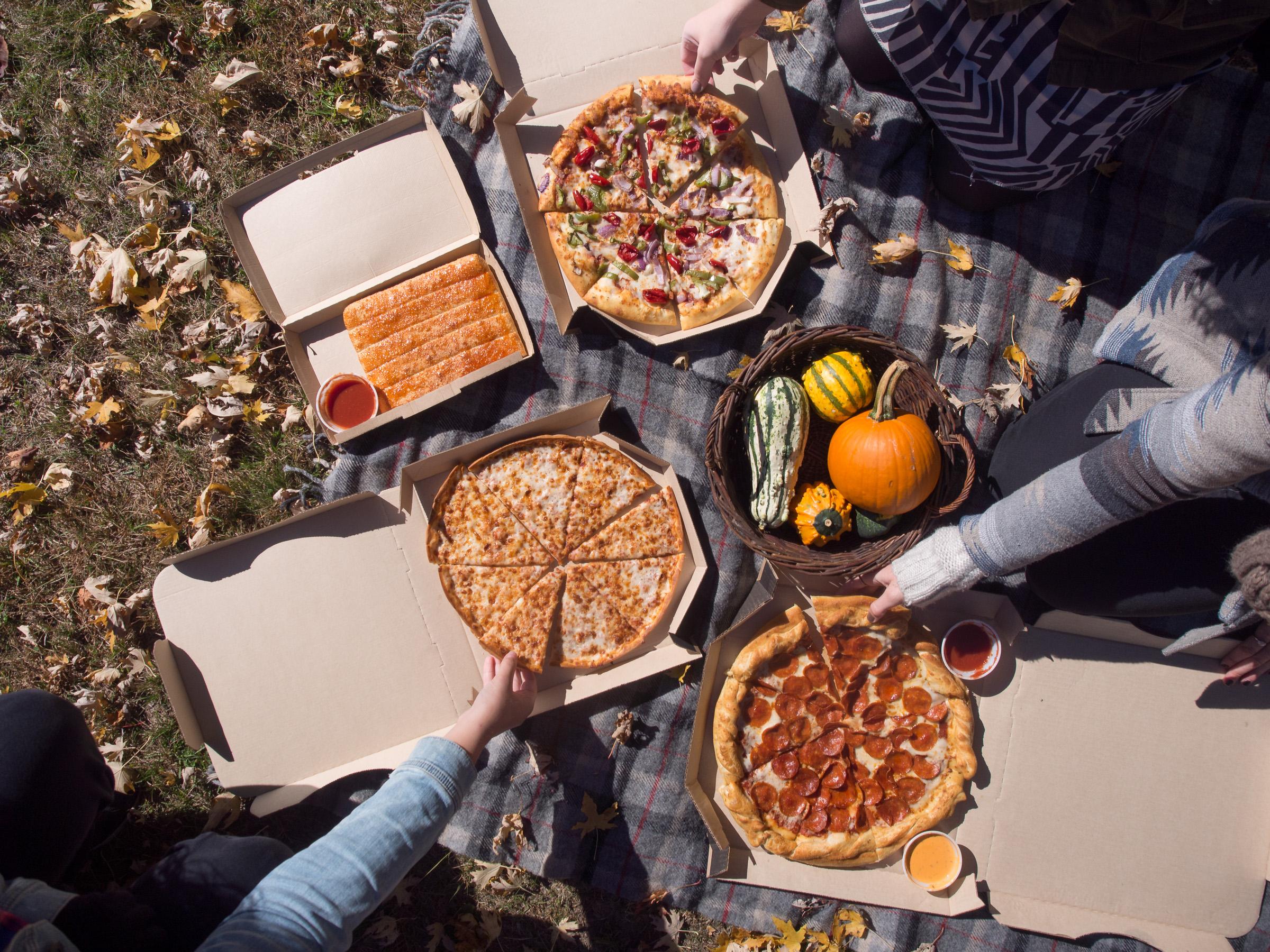 pizza hut fall (4 of 5).jpg
