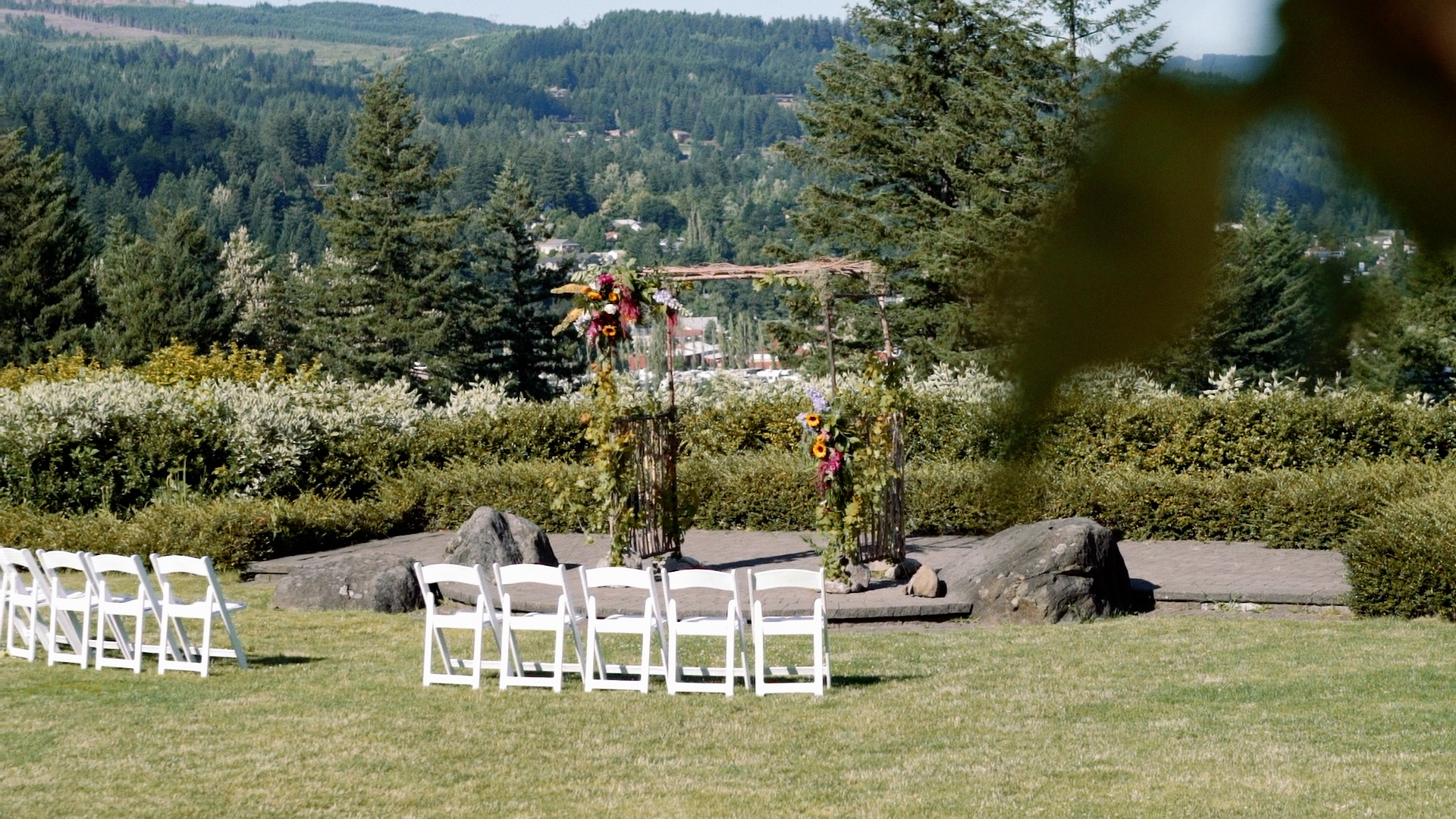 A wedding ceremony site at Skamania Lodge