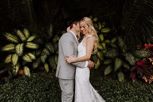 These two 👊⁣ .⠀⁣⁣⁣ .⠀⁣⁣⁣ .⠀⁣⁣⁣ PC: @krystarowndphoto⁣⁣⁣ Videographer @watertownfilms⠀⁣⁣⁣ Planner: @alacartesayulita⁣⁣ Venue: @villaamorsayulita⁣⁣ ⁣ .⠀⁣⁣⁣ .⠀⁣⁣⁣ .⠀⁣⁣⁣ #weddingvideographer #portlandvideographer #oregonvideographer #destinationvideographer #weddingvideo #thatsdarling #engaged #chasinglight #weddingseason #loveintentionally #intimatewedding #destinationwedding #couplesgoals #weddinginspo #loveauthentic #justengaged #seattlevideographer #bendvideographer #coloradovideographer #elopement #sanfranciscovideographer #sayulita #sayulitawedding #sayulitaweddingphotographer #adventurephotography #belovedstories #bohowedding⁣⁣