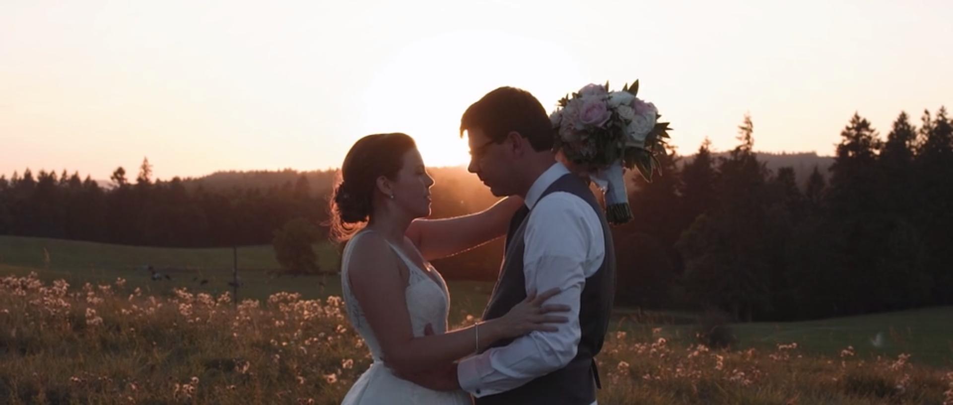 Rustic Villa Wedding    Elizabeth + Mike    VIEW WEDDING
