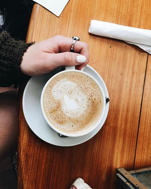 I need a latte caffeine right now ☕️ /// #brittanyinwanderland #butfirstcoffee #helpme #mondayssuck