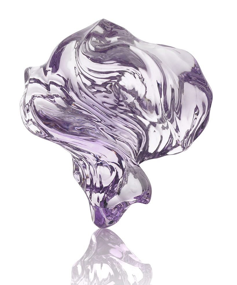 """1st Place Carving Naomi Sarna Designs New York, NY """"Rose de France"""" Amethyst carving (1015 ctw.)."""