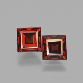 pyrope-garnet-gem-449975a.jpg