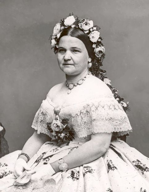 Mary Todd Lincoln wearing the seed pearl jewelry suite. Photo taken in the studio of Mathew Brady