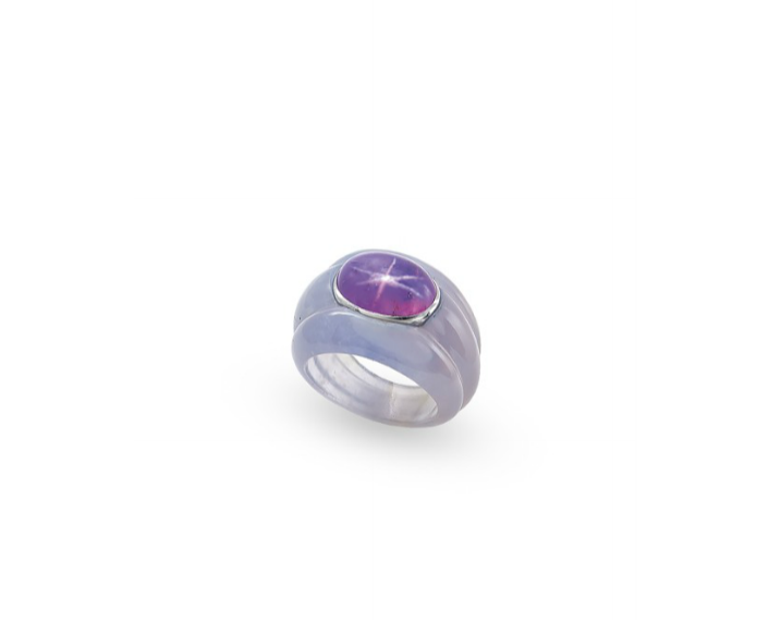 A colored star sapphire and chalcedony 'bourrelets' ring by Suzanne Belperron.