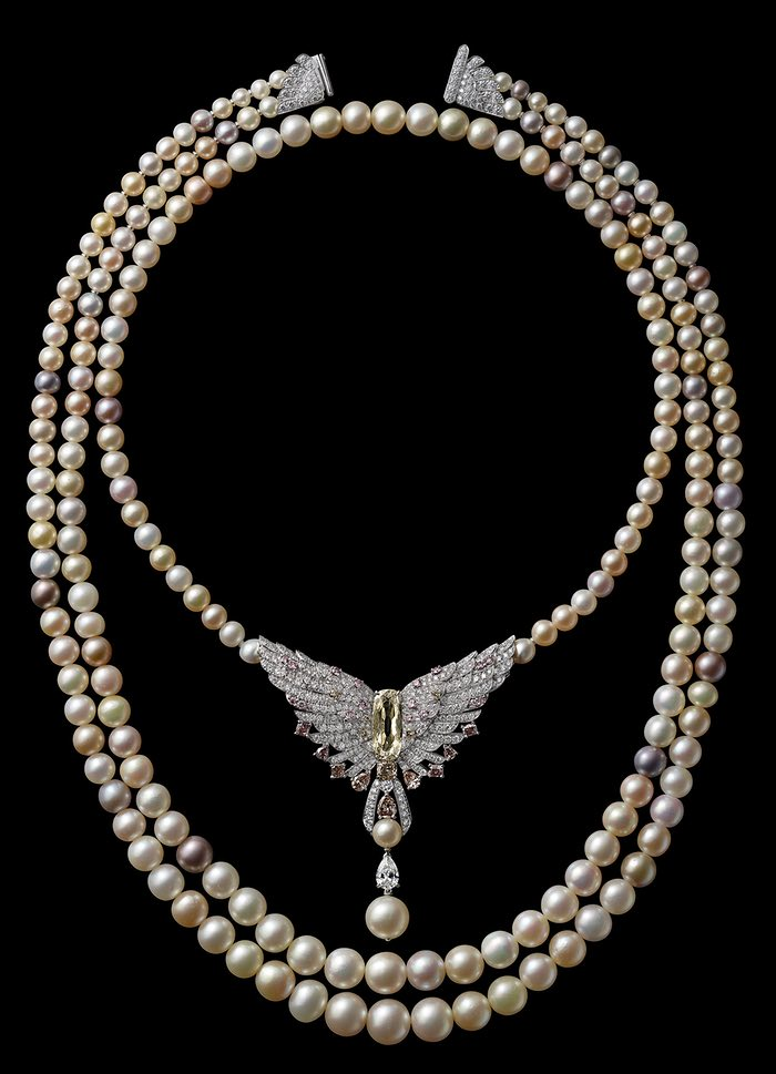 Cartier pearl necklace, 2016, created to celebrate the re-opening of the 653 Fifth Avenue Mansion.