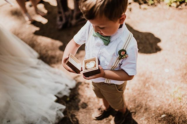 His gift from his new stepdad; a compass with engraving so it can guide them on their future adventures and lead him in his future 🏞🏕👨‍👦 • • • #boise #boisephotography #boisephotographer #weddinginspo #naturallight #outdoors #pnw #chasinglight #junebugweddings #newlife #portrait #adventures #weddingseason #photobugcommunity #thisisboise #livefolk #35mm #radlovestories #compass #lookslikefilm #lookslikefilmweddings #stepdad #greenweddingshoes #wildnativecreative
