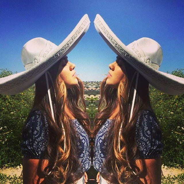 """Despues que te entrege todo mi amor Soñando con un futuro entre los dos.  Fue poco pues a ti no te importo hacer mas grande mi dolor. -""""El Aprendiz"""" Leobardo Acero  #nueva #cancion #newmusic #tbt #AlexandraXimena #mariachi #elaprendiz #tehebuscado #bluesky #calilife #fortheloveofmusic #positivevibes #recording #lyrics #letra"""