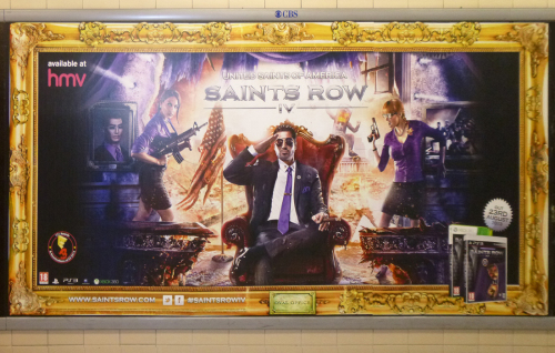 Рис. 14 Saints Row IV, реклама в Лондонском Метро, август 2013 г.