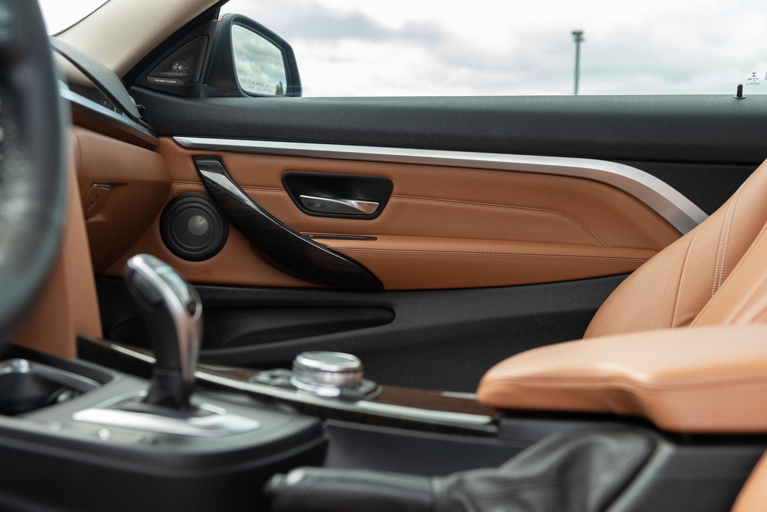 bmw_extra-interior.jpg