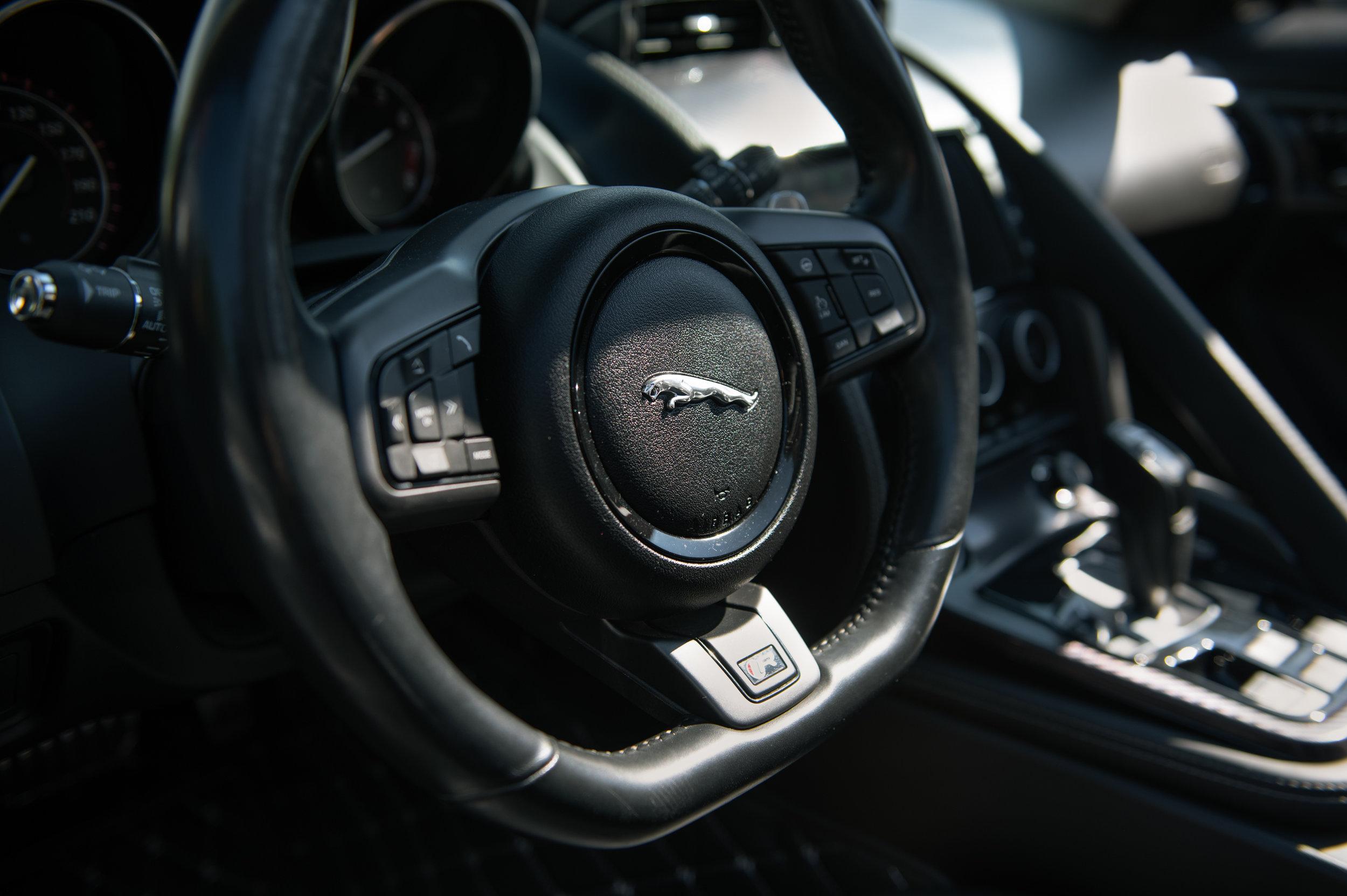 jag_interior.jpg