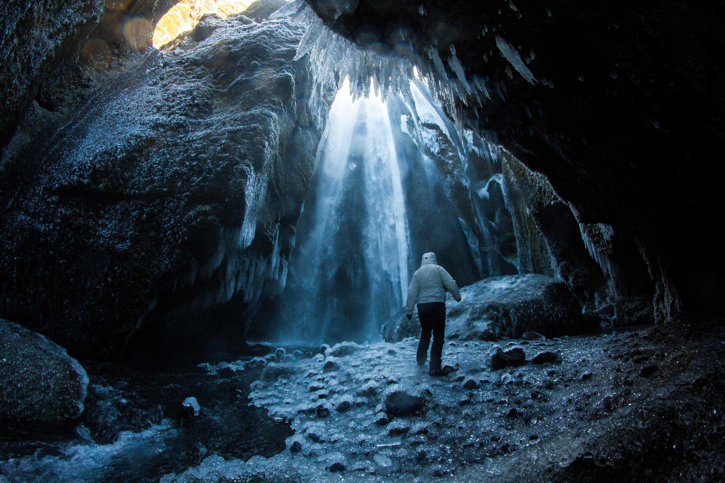Gljúfurárfoss, a waterfall in a cave