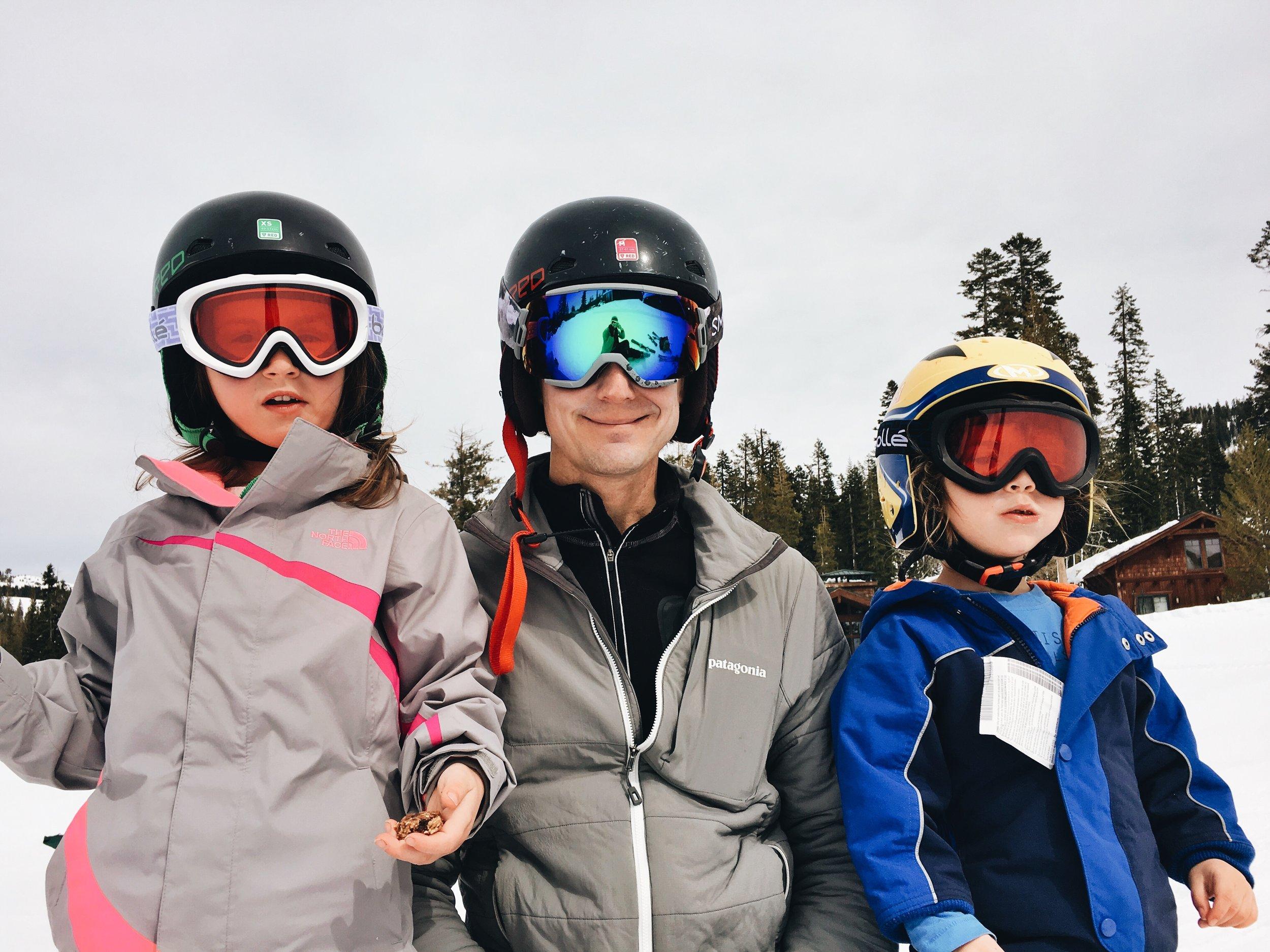 sugar-bowl-family-skiing