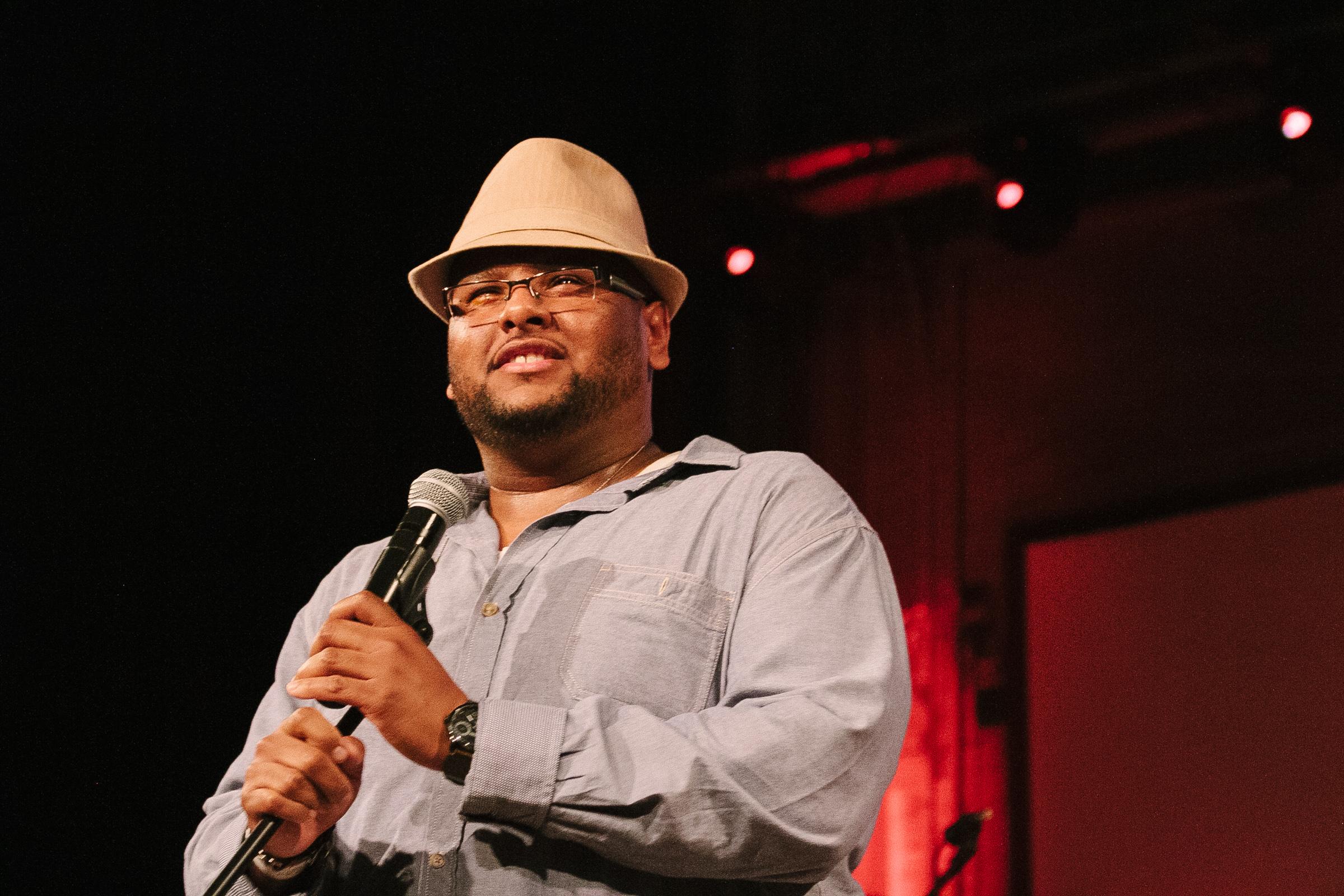 Javier Reyes, Artistic Director