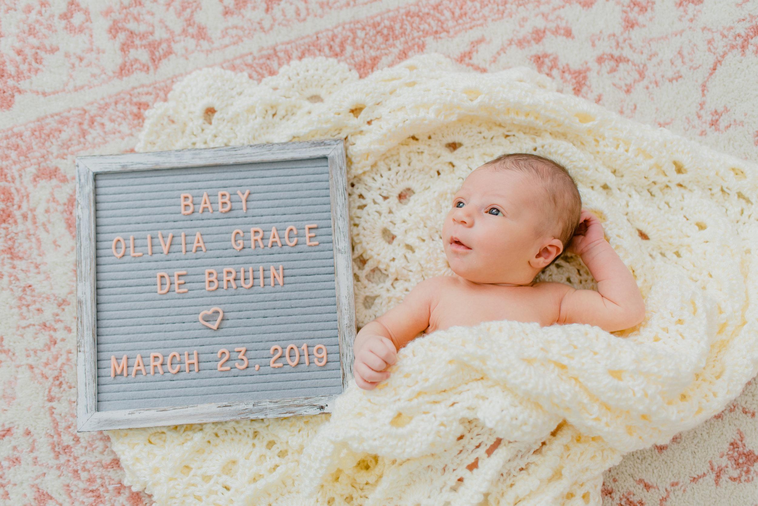 Olivia_newborn-124.jpg