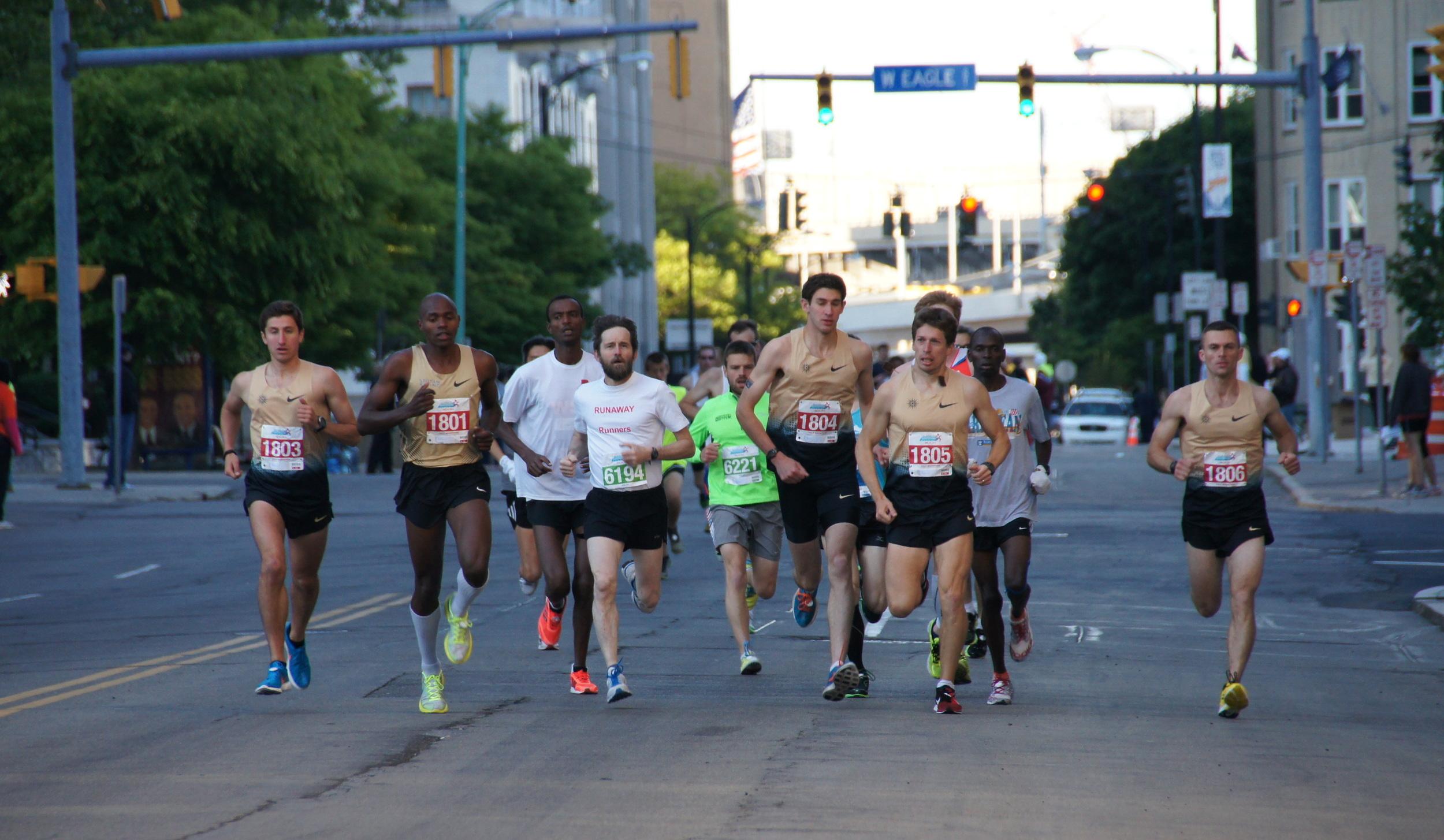 Buffalo Marathon 2013 027.JPG