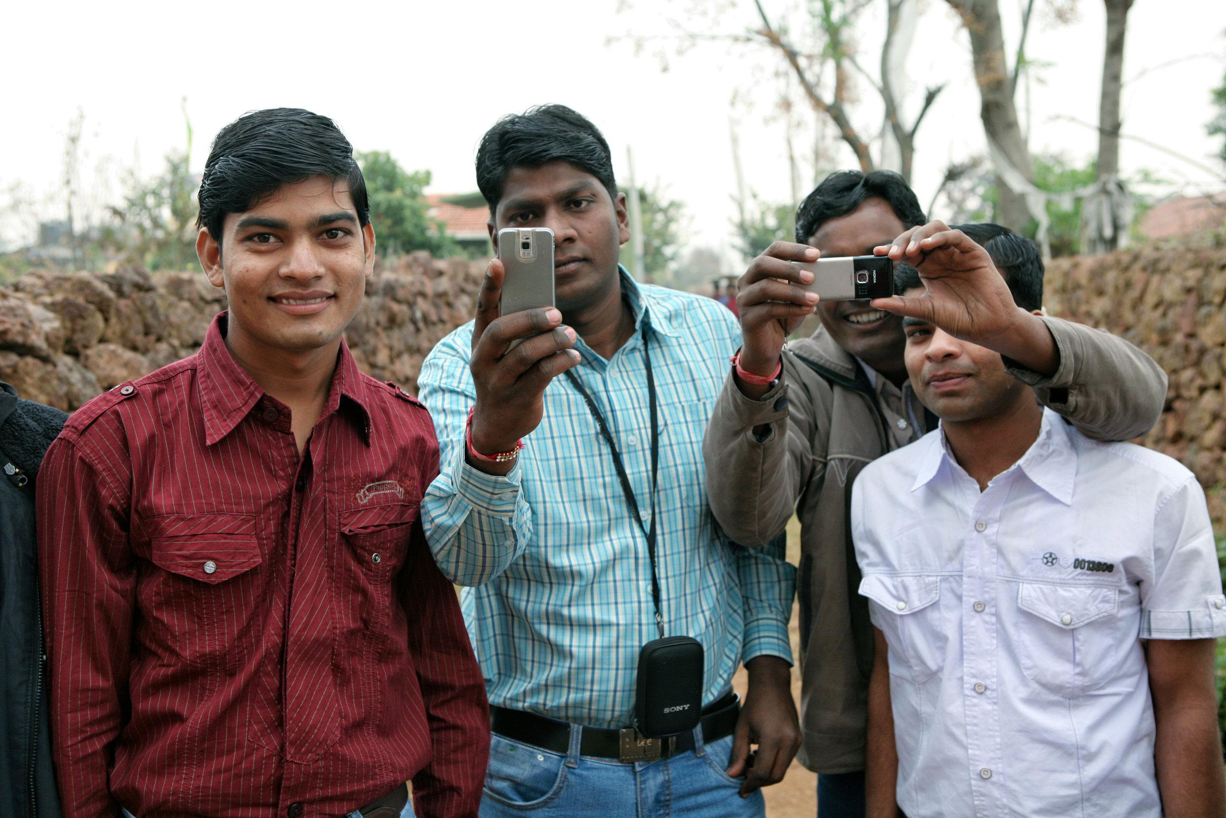peoplephotographing08.jpg
