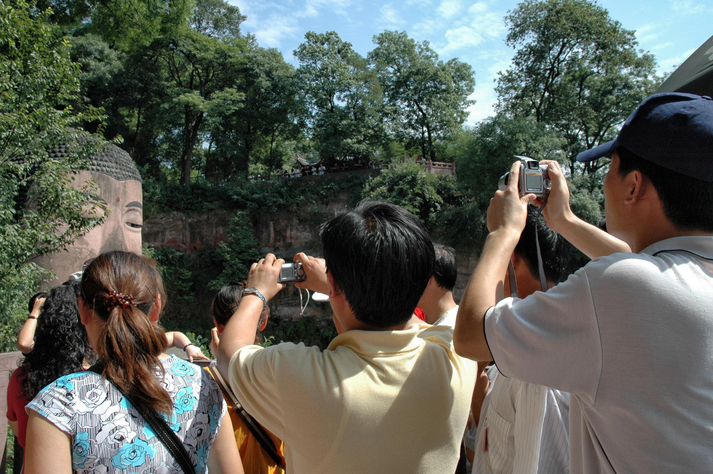 peoplephotographing27.jpg