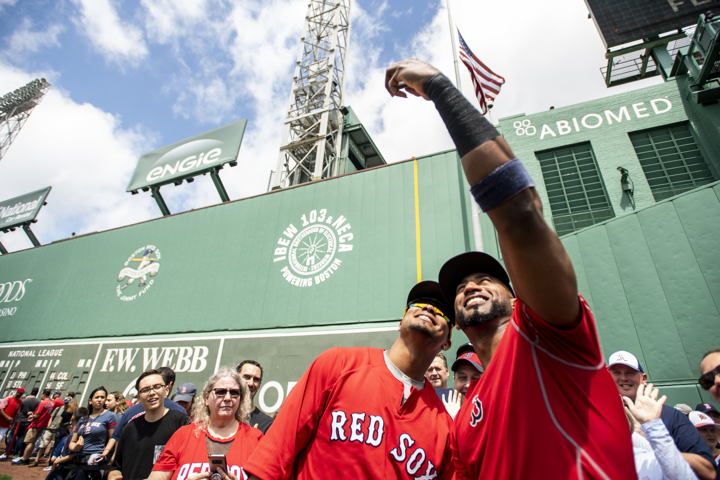 May 20, 2018, Boston, MA: Boston Red Sox shortstop Xander Bogaerts and Boston Red Sox second basemen Eduardo Nunez take a selfie fans during Photo Day before the Boston Red Sox face the Baltimore Orioles at Fenway Park in Boston, Massachusetts on Saturday, May 20, 2018. (Photo by Matthew Thomas/Boston Red Sox)