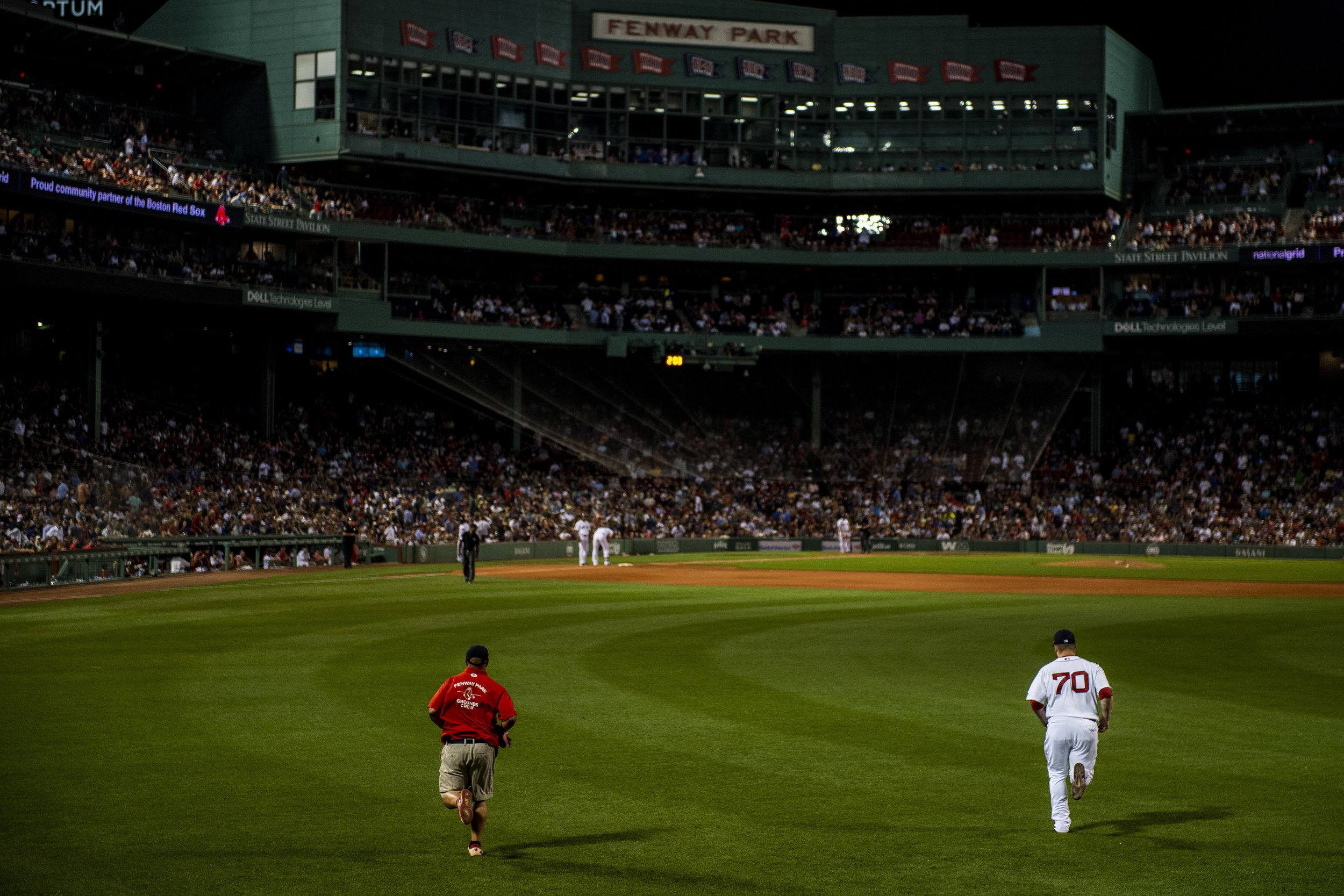 July 8, 2018, Boston, MA: Boston Red Sox pitcher Ryan Brasier enters the game from the bullpen as the Boston Red Sox face the Texas Rangers Fenway Park in Boston, Massachusetts on Monday, July 9, 2018. (Photo by Matthew Thomas/Boston Red Sox)