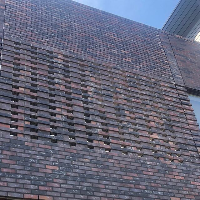 #meridian105architecture railhouse project has an awesome brick screen spanning in space between two buildings.  #brickporn #denverarchitecture #screenwall #modernarchitecture #denver