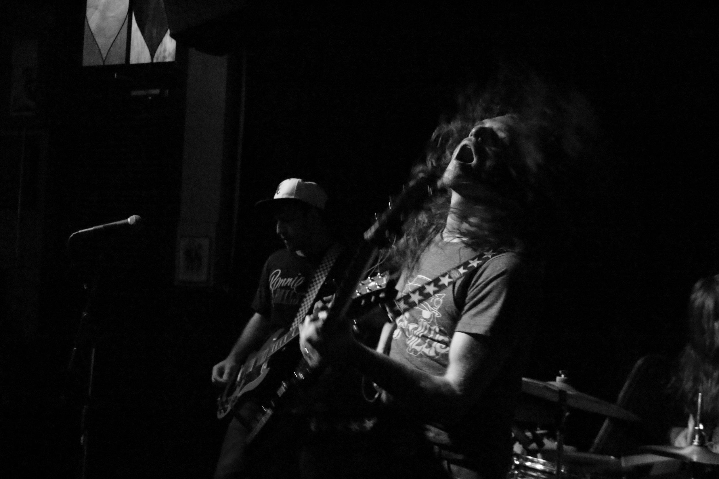Lee Bains III & the Glory Fires. MOTR Pub, Cincinnati, OH. 2014.