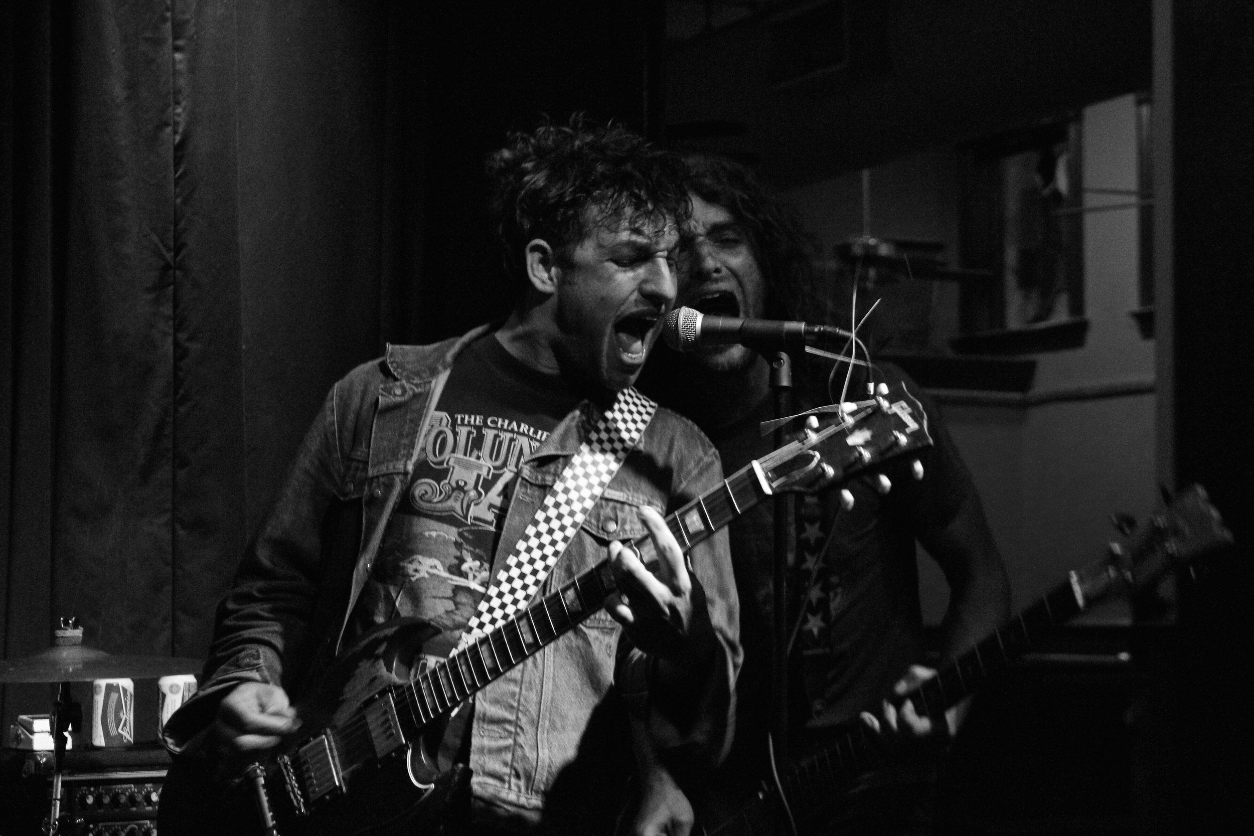 Lee Bains III & the Glory Fires. MOTR Pub, Cincinnati, OH. 2015.
