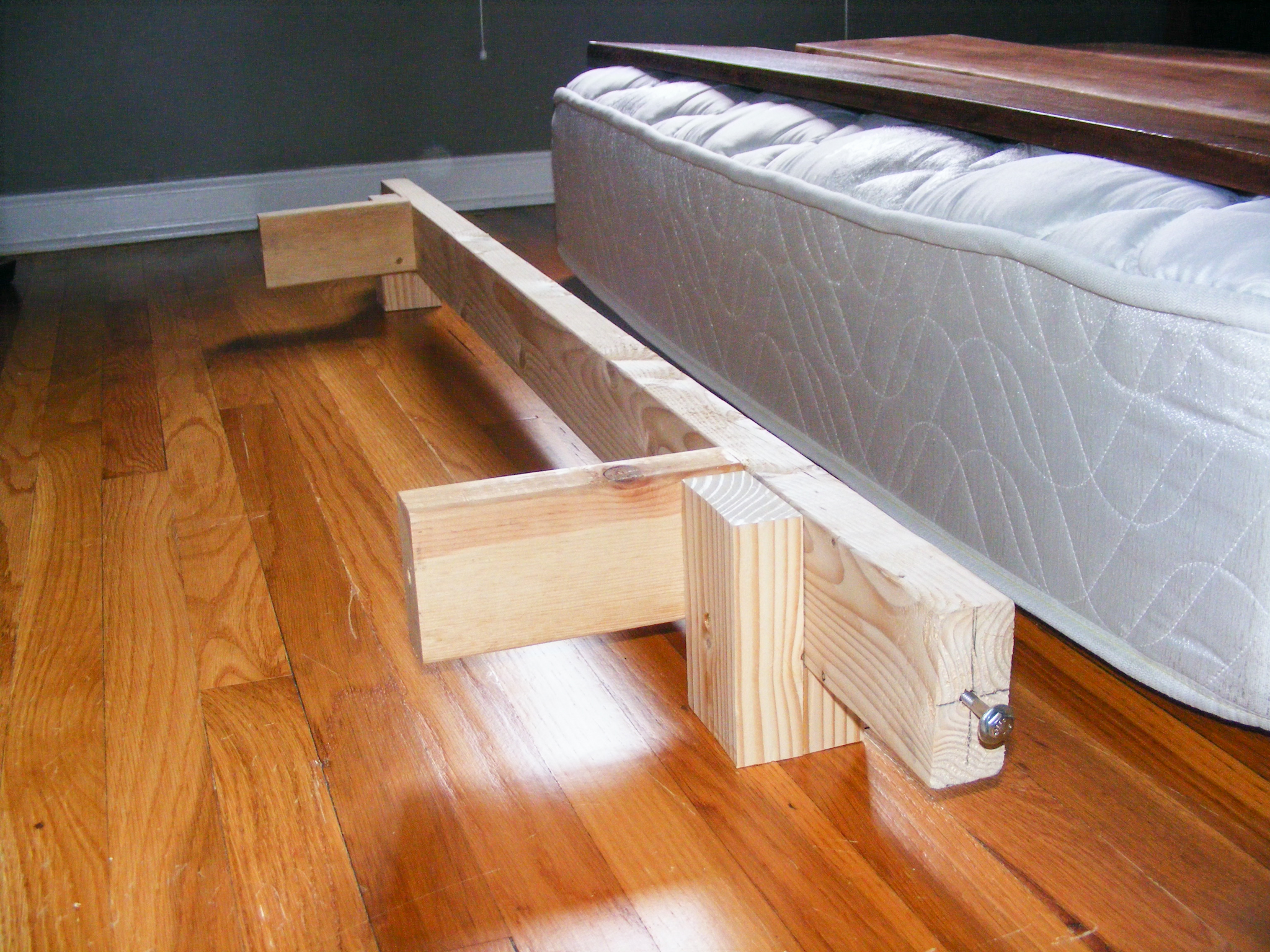 footboard assembly