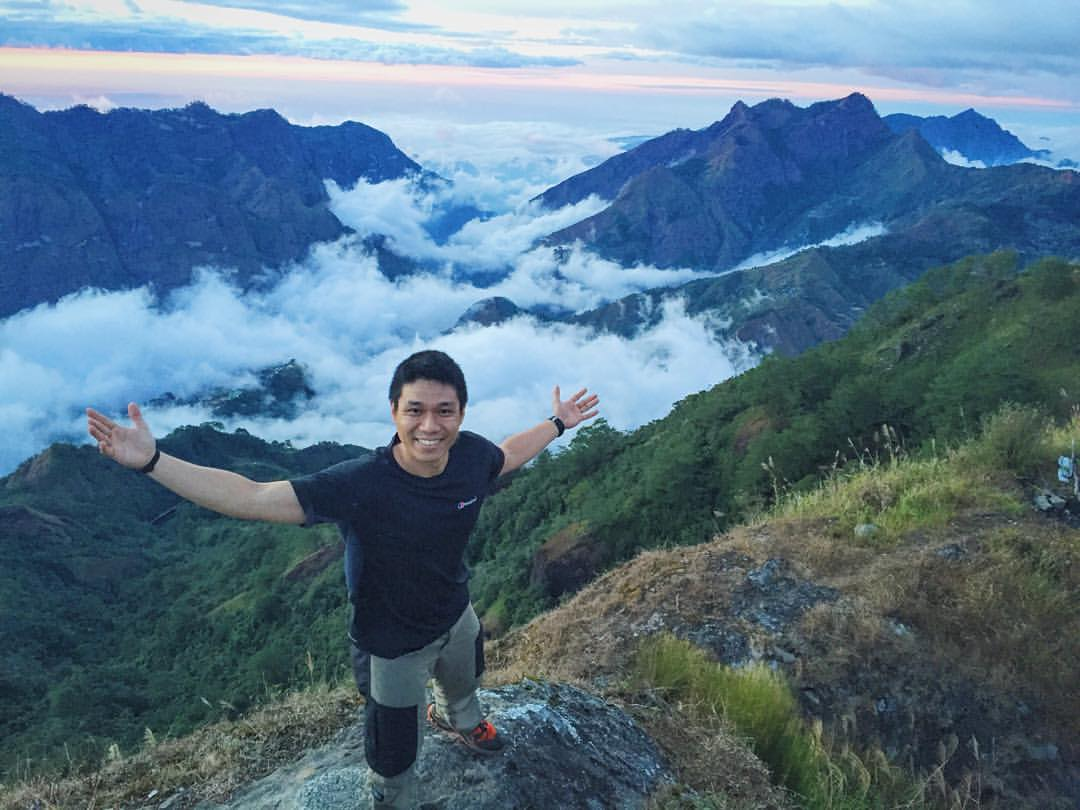 Coach Jason Cruz, a bootcamp coach, regularly books hiking events open for everyone.