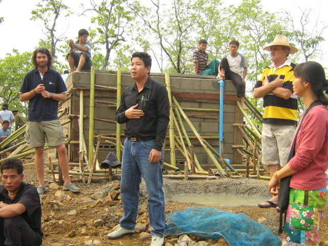 Handover meeting of the filtration system to the village