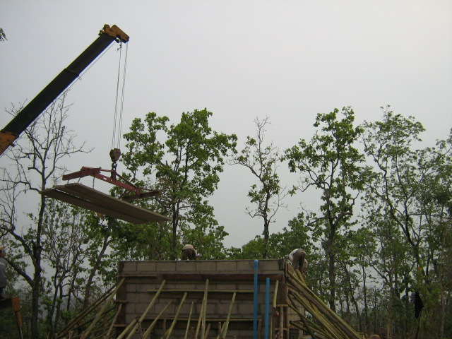 Lifting the roof panels into place