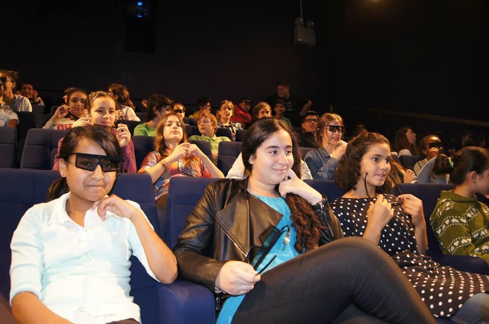 bioscoop groep.jpg