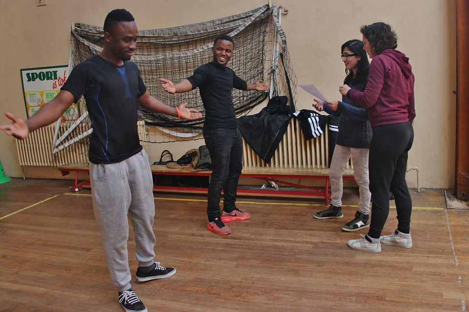turnzaal twee dansers.jpg