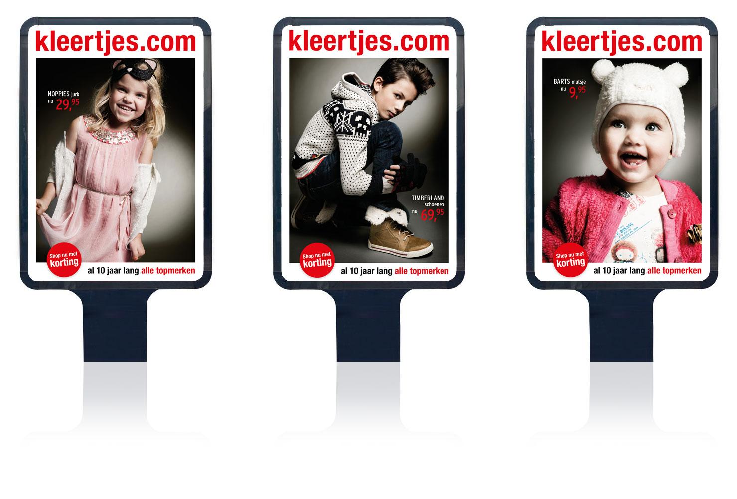grafisch ontwerp van 3 abri posters voor kleertjes.com kerst