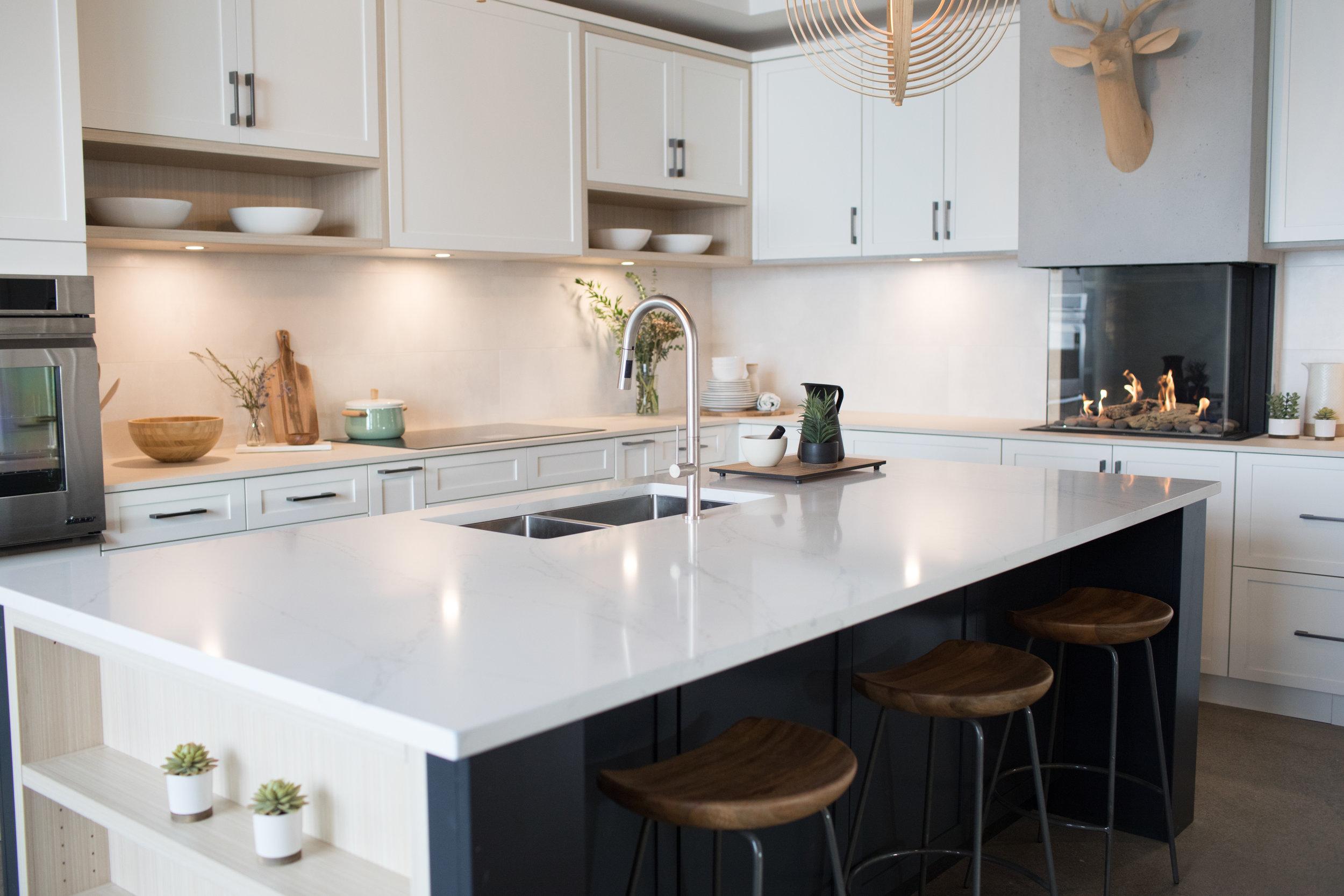 showroom-kitchen-fireplace.jpg