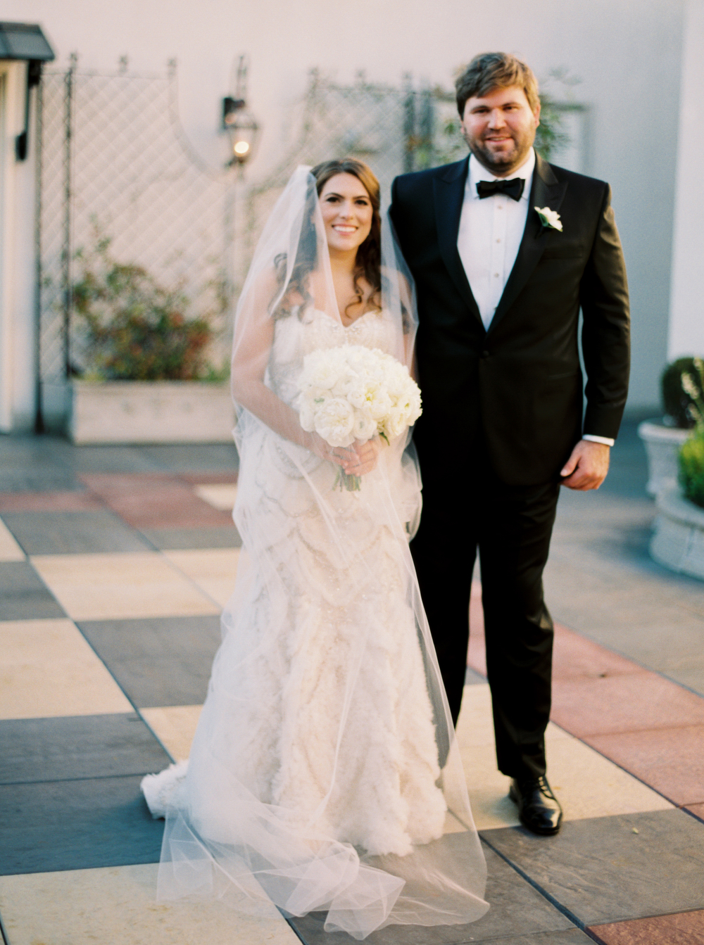 First look inspiration | Rooftop reveal | How to transform an open ballroom with stunning decor | Sapphire Events | Greer G Photography | Board of Trade | White and Gold Wedding | Winter Wedding Inspiration | White and Green Wedding | Ballroom wedding