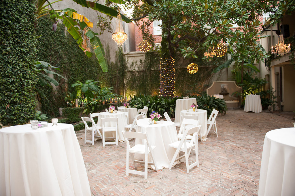 Montegut House courtyard This is what happens when a bride asks her guests to wear all white | Wedding En Blanc | Sapphire Events | Erika Parker Photography Montegut House | Luxury Wedding | Courtyard wedding | French Quarter Wedding | Luxe Wedding Details