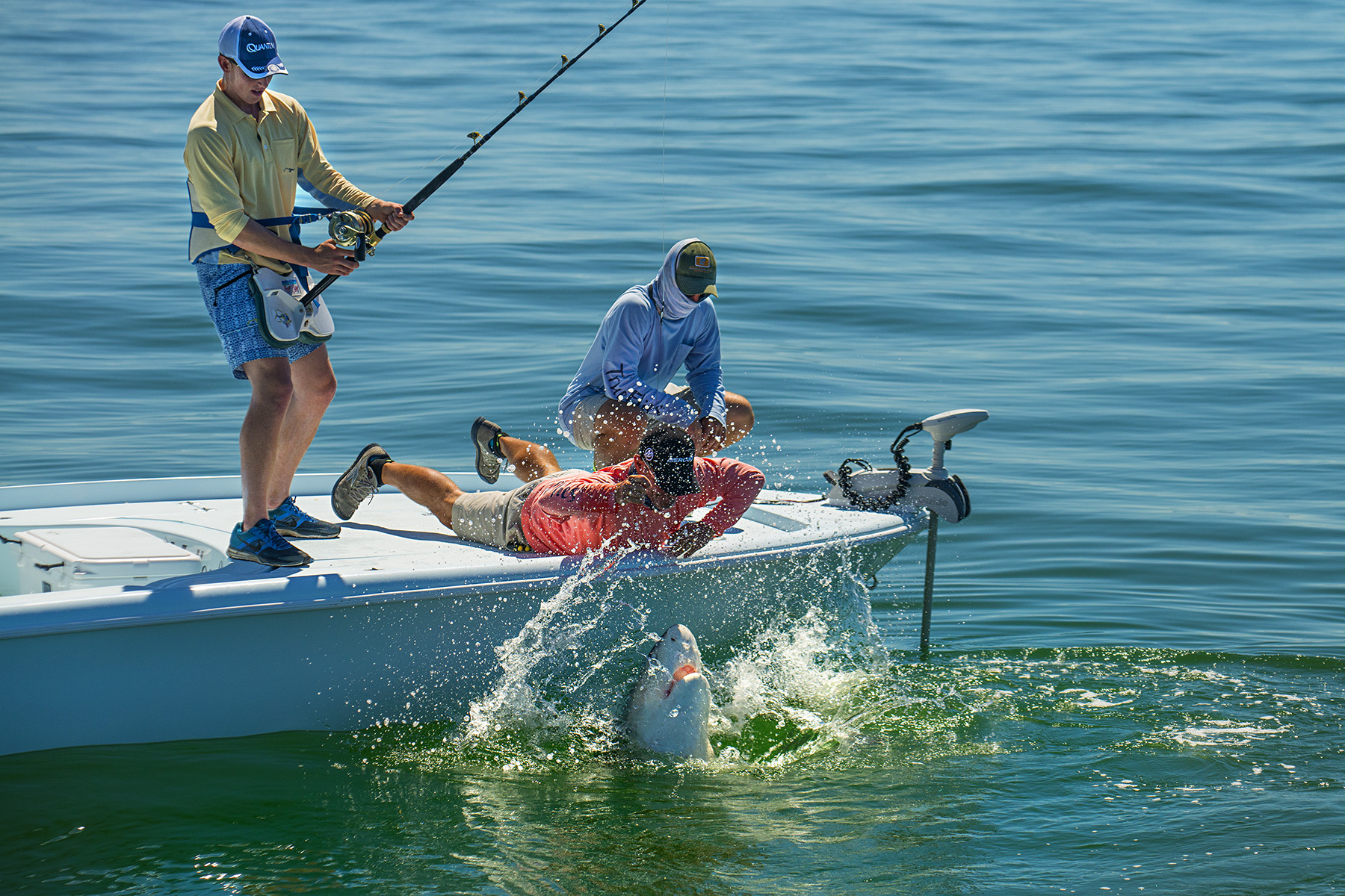 big-shark-florida-keys-saltwater-experience-tom-rowland-jason-stemple
