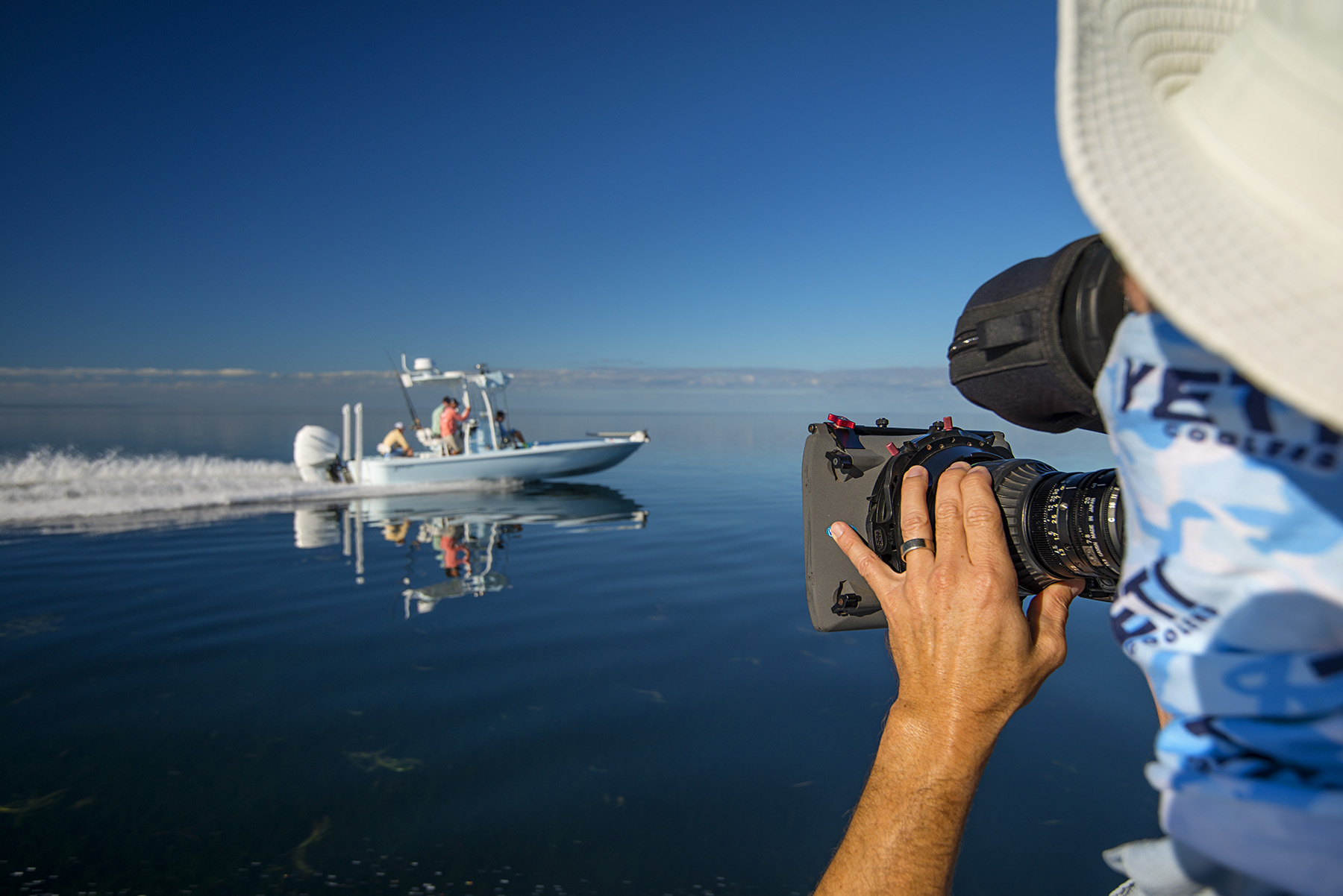 cameraman, steve derstein, gets the running shot on a slicked out Florida Bay. nikon d800, 22mm, f/5.6, 1/800 sec