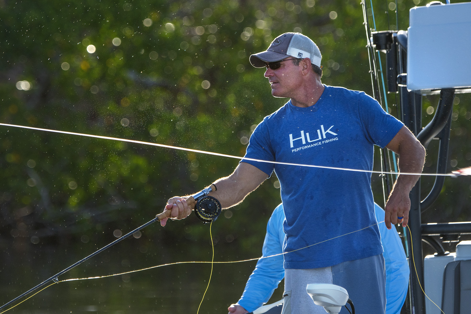 tom-rowland-flyfishing-for-tarpon-in-the-everglades-on-saltwater-experience-streaming-on-waypoint-tv