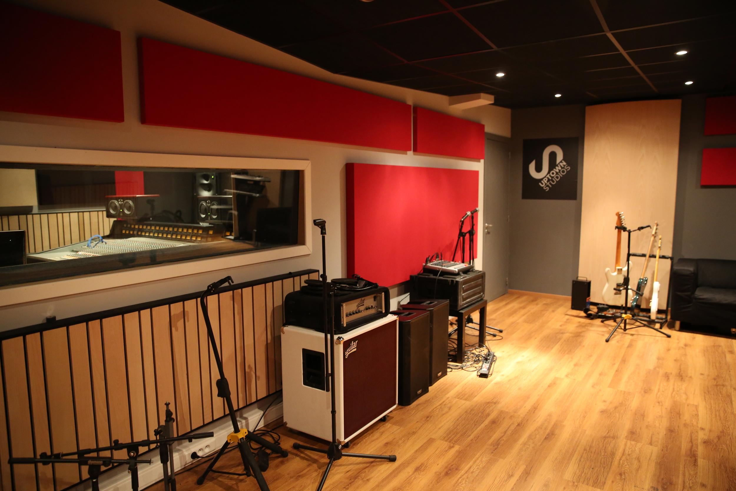 Live room - Uptown Studios