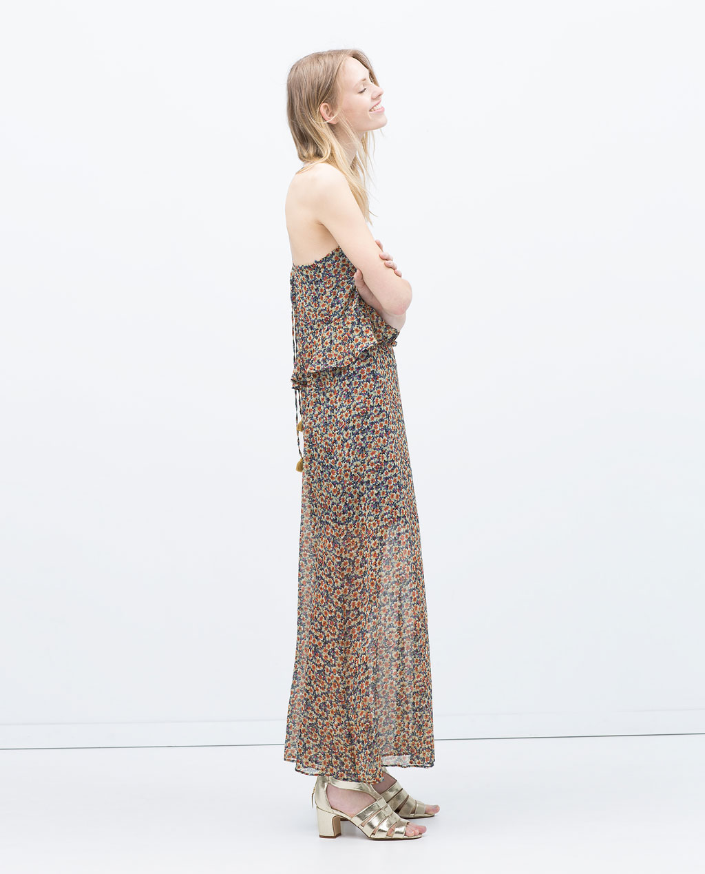 Floral dresses can be the formula to a great summer outfit. While it addselegance to your look, be careful of what fabrics you choose so they don't rub you the wrong way!. Stay away from laces and heaver fabrics. Trylooking for breathe easy materials like cotton!