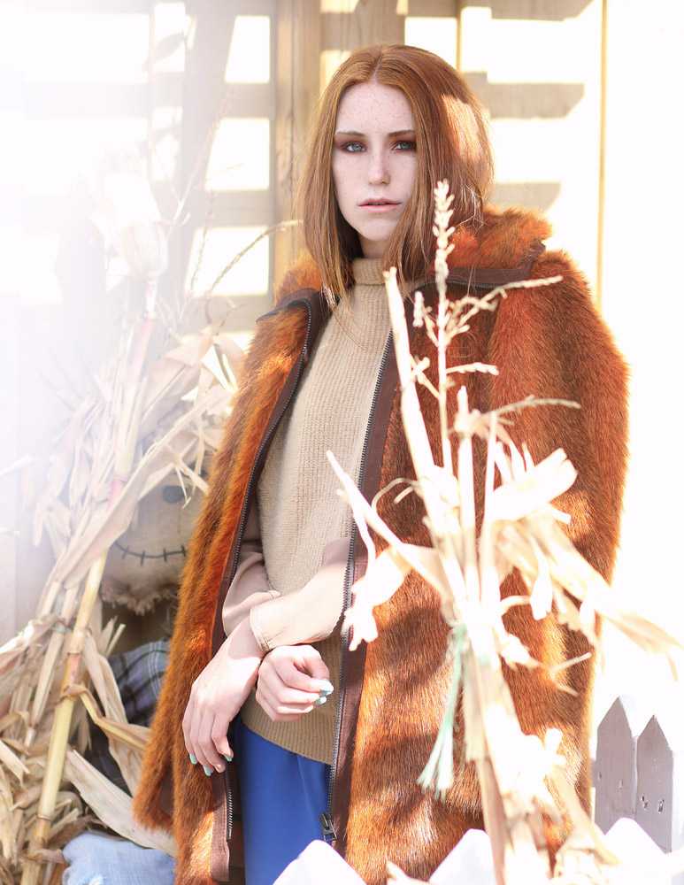Jacket: H&M, Sweater: Banana Republic, Pants: Poa Studio.