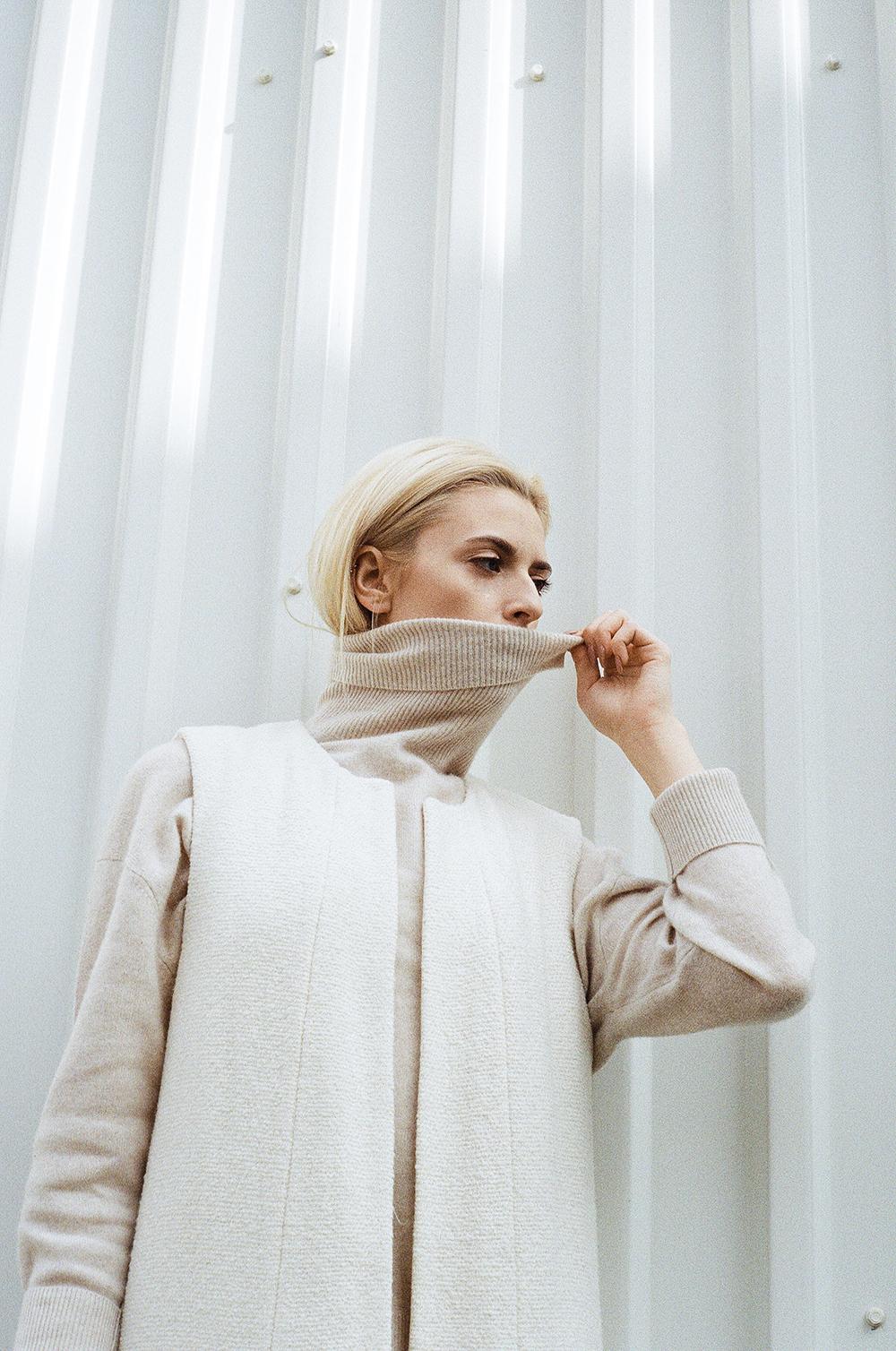 Long Waist Coat -  Zara