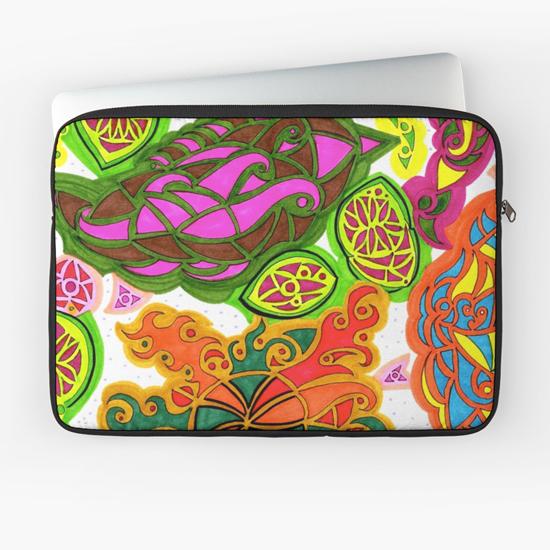 aubergine laptop sleeve